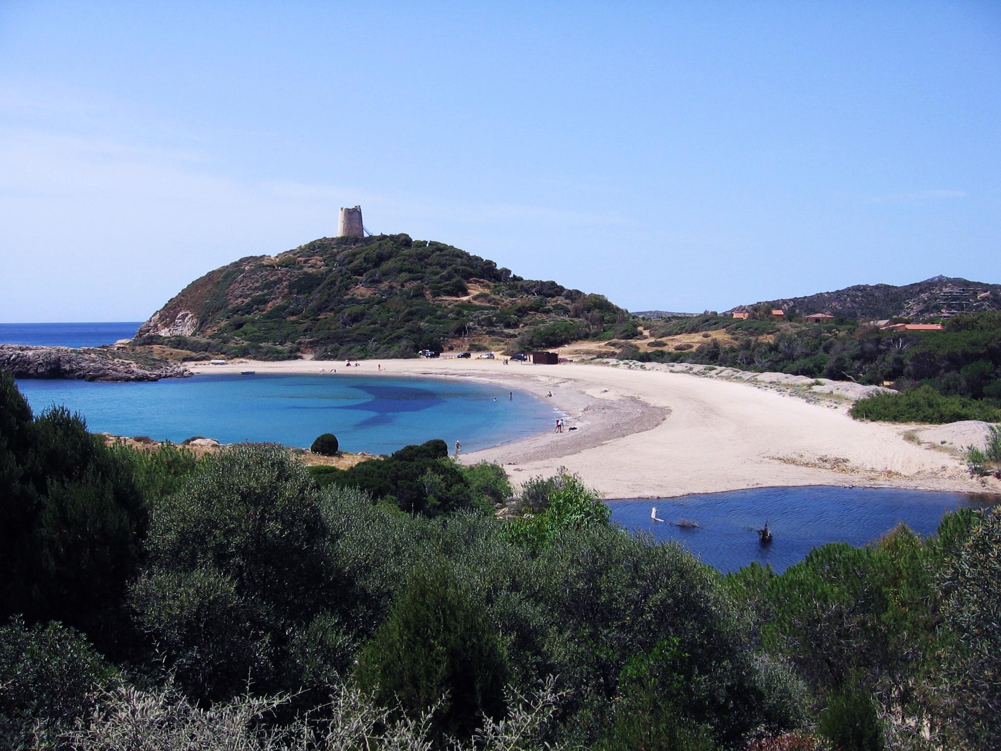 Chia prima spiaggia prima della torre_a