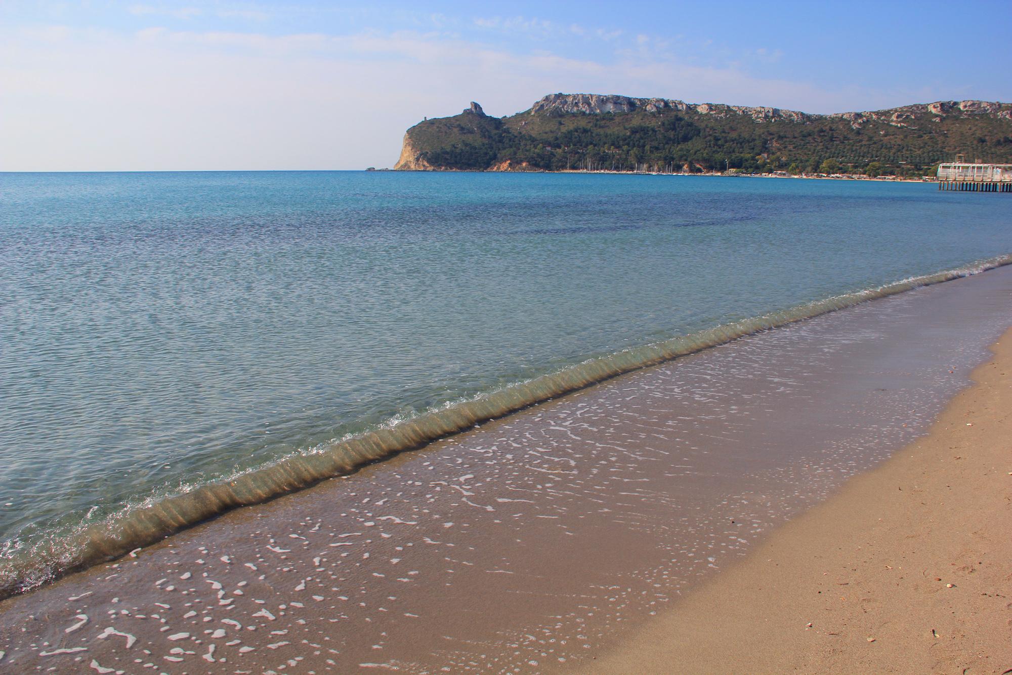 spiaggia del poetto cagliari