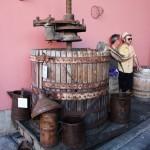 Tinozza per la pressatura del vino antica
