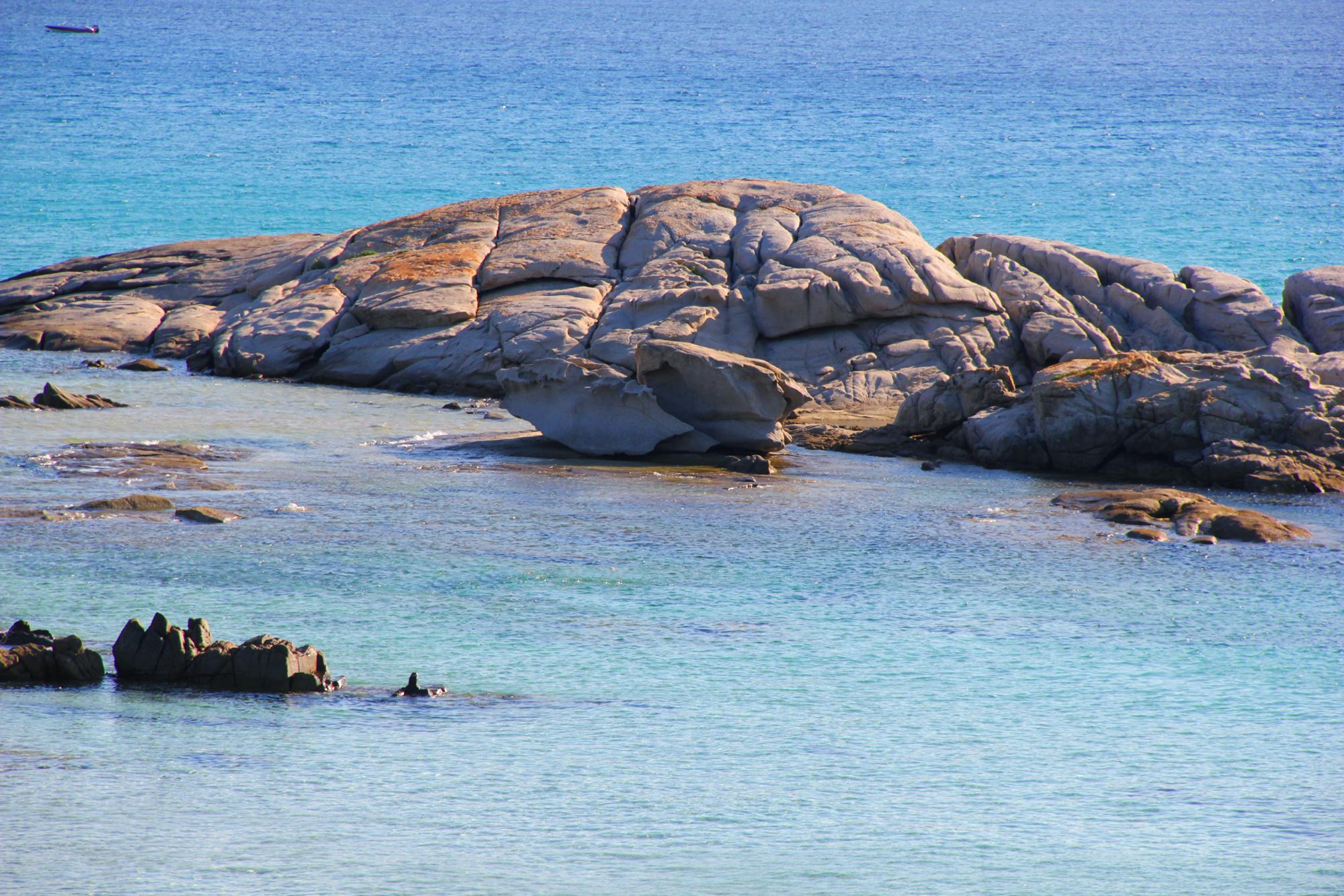 spiaggia scoglio di peppino costa rey