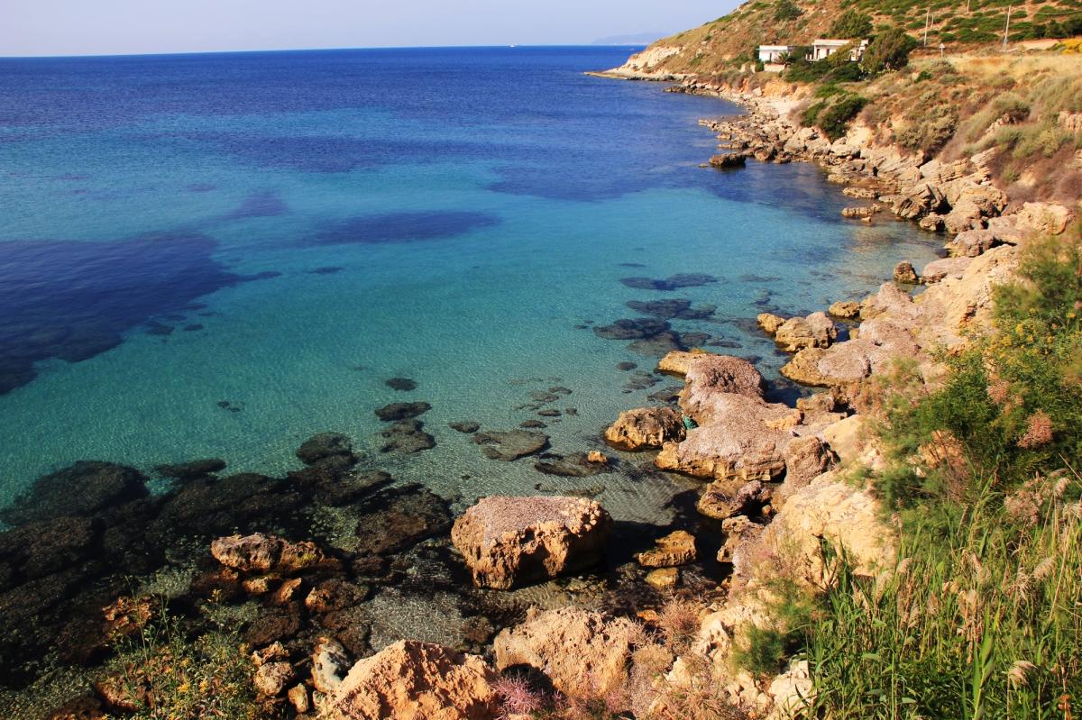 Calamosca, spiaggia a 4 km dal centro di Cagliari |